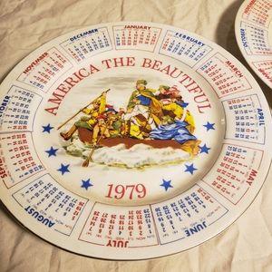 Set of 2 Commemorative Plates